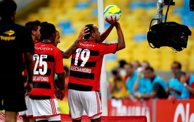Alecsandro flamengo gol Cabofriense (Foto: Guilherme PInto / Agência O Globo)
