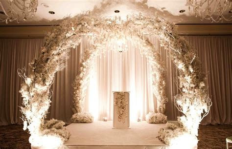 Modern Wedding with Black & White Elements   Inside Weddings