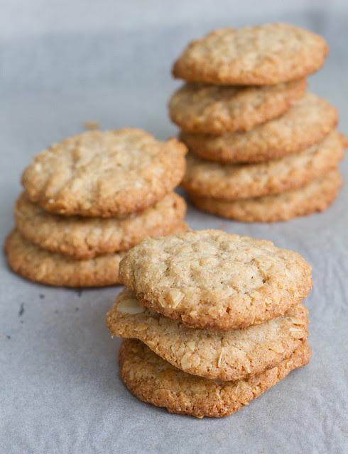 Buckwheat and almond cookies. Mandli-tatraküpsised.
