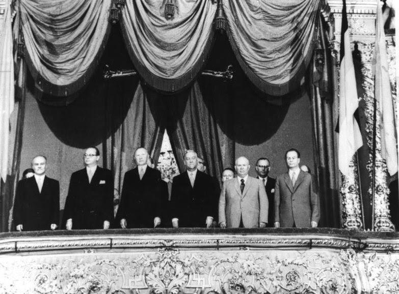 File:Bundesarchiv Bild 183-33241-0001, Moskau, Gala-Vorstellung für BRD-Regierungsdelegation.jpg