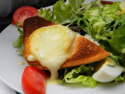 Honey Goat Cheese Salad