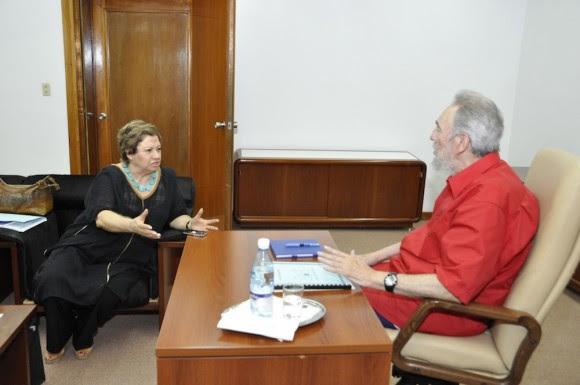 Fidel y Carmen Lira Foto: Estudios Revolución