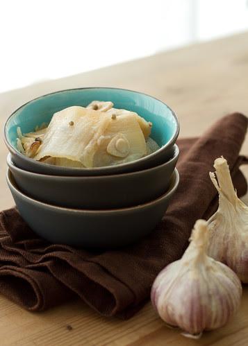 Chinese cabbage braised in chicken stock / Kanaleemes hautatud Hiina kapsas