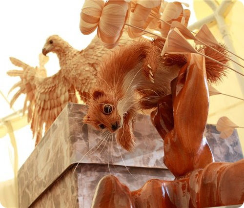 Животные из дерева