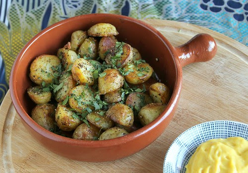 Black Pepper Potatoes with Lemon Turmeric Aioli 1