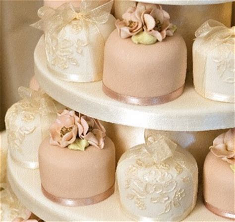 1330 best Cake   Elegant Mini Cakes images on Pinterest