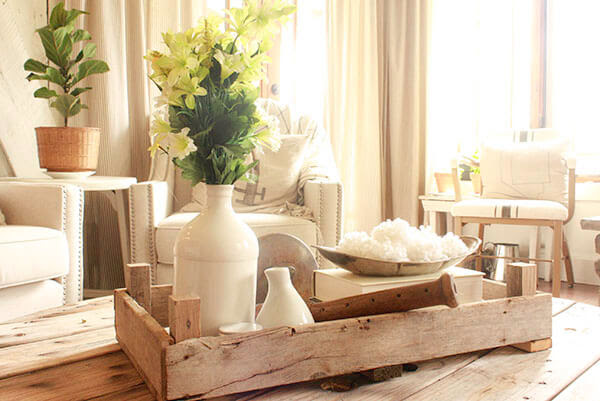 "Get that ""fixer upper"" style with these DIY Dutch Tulip Crates. They are so easy to make! 