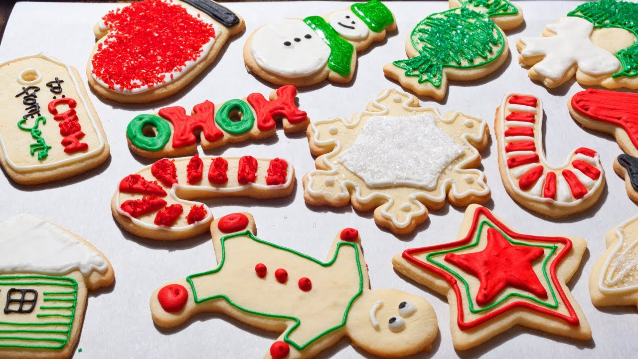 How to Make Easy Christmas Sugar Cookies - The Easiest Way ...