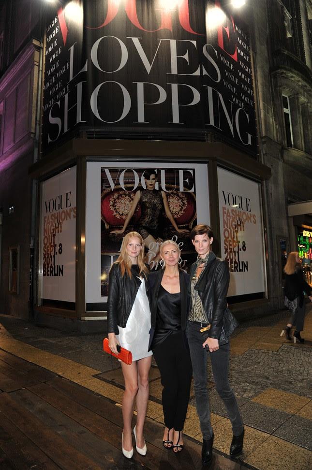 999a - Vogue_FNO_2011_KaDeWe_Katrin Thormann,Christiane Arp, Iris Strubegger_123