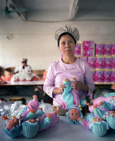fabrica china trabajadores chinos mattel juguetes 08
