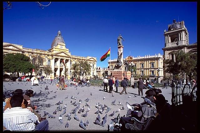 Plaza Murillo, el centro del poder