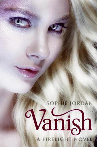 Reseña #27: Vanish (Firelight, #2) - Sophie Jordan