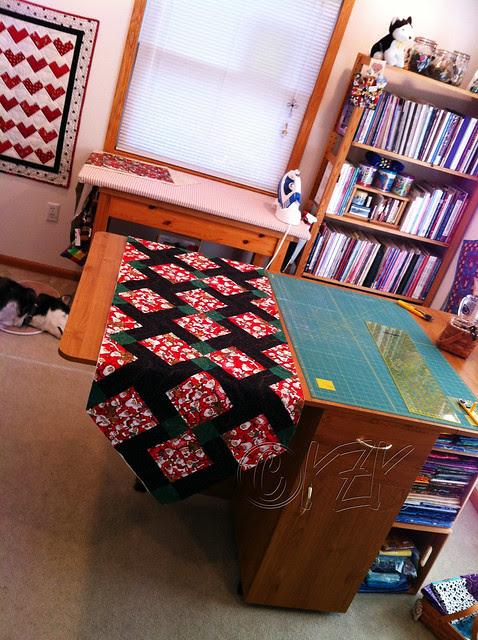 IMG_4875 Christmas table runner - ready for binding