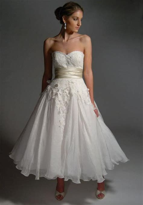 casual vow renewal wedding dresses   Pictures of vow