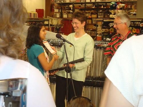 Deepika giving Illinois Lt. Gov. Sheila Simon an honorary Friends of PR membership