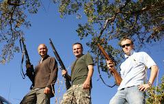 tres pistoleros