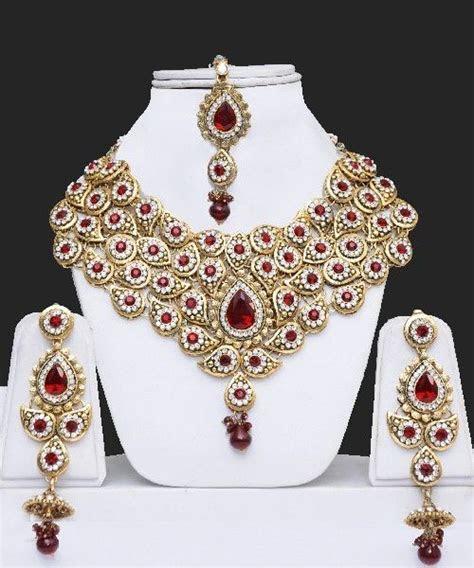 25  best ideas about Indian Wedding Jewellery on Pinterest