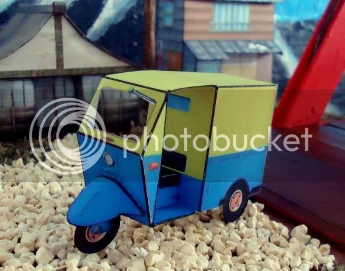 photo threewheeledcarpapercraftvintage0001_zps607b1816.jpg