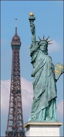 Photos of Statue of Liberty, Paris