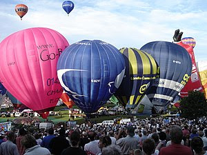 English: Bristol Balloon Fiesta August 2004 Sa...
