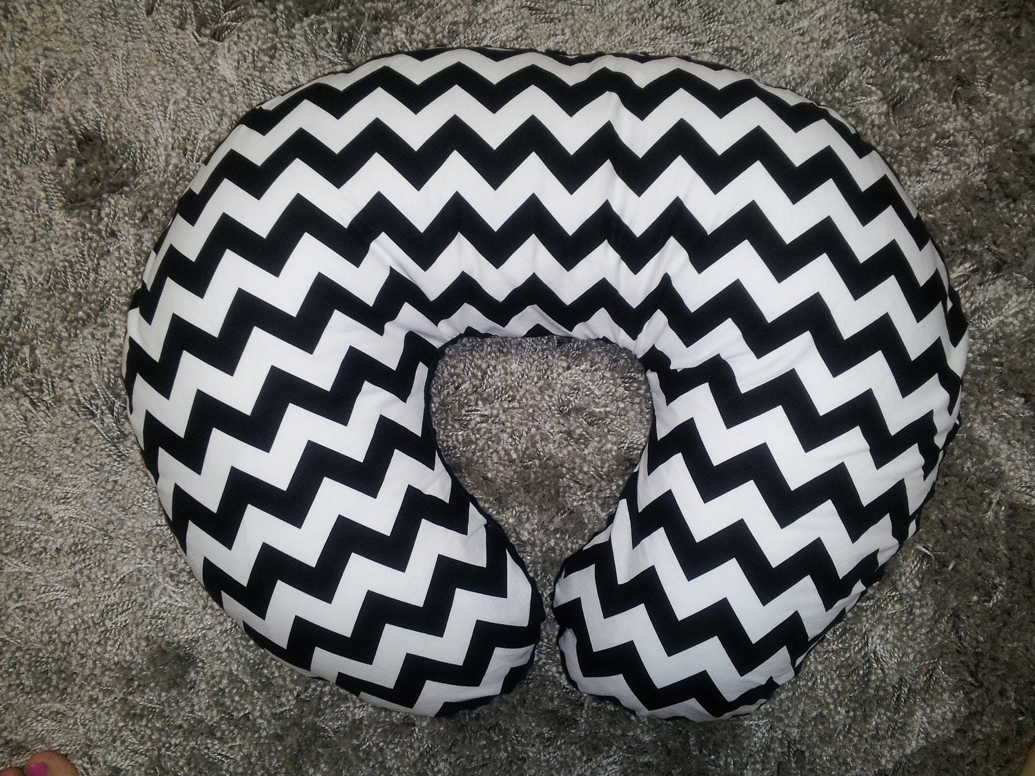 Design your own BOPPY pillow cover.  Riley Blake Chevron black and white zigzag BOPPY pillow cover without a zipper. Boy boppy, girl boppy. - babymodern
