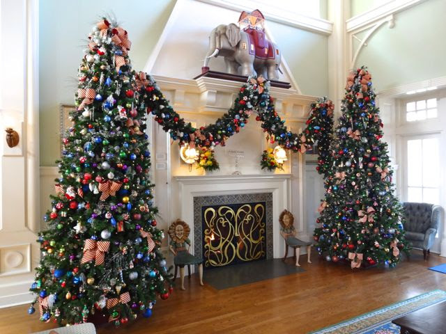 Christmas Decorations At Walt Disney World Christmas Ideas