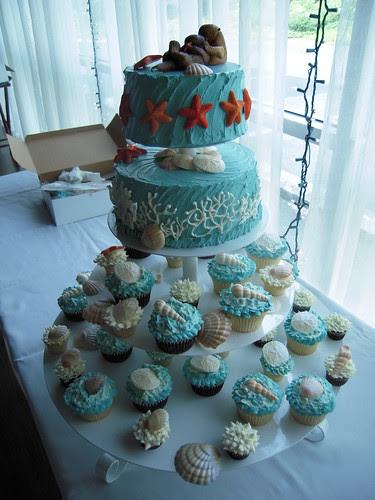 Under the Sea wedding cake cupcakes