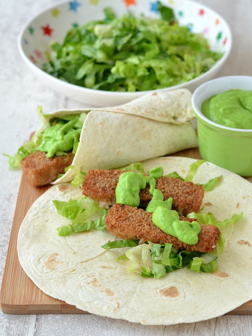 photo wholegrain fishfinger and minted pea mayo_zpsqtc8t5fd.jpg