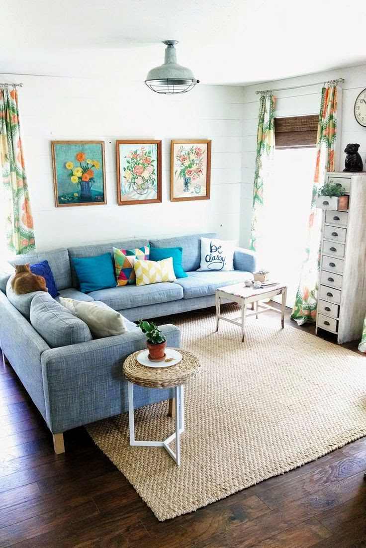 33 Cheerful Summer Living Room Décor Ideas | DigsDigs