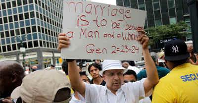 anti-gay-marriage.jpg (115692 bytes)