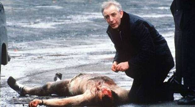 Fr. Alec Reid - Bloodstains on his face were from attempts to give mount-to-mouth resuscitation