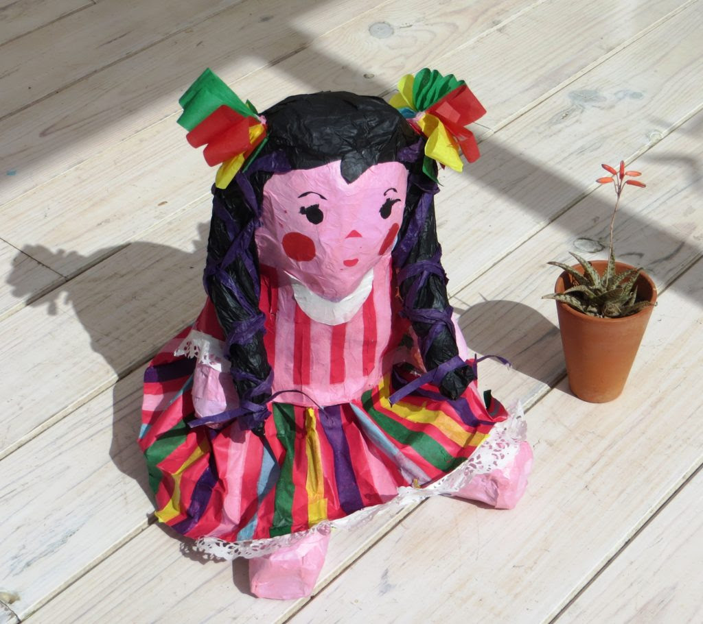 Piñata de Laly | Multicultural Kid Blogs Hispanic Heritage Month Giveaway