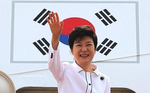 Shinzo Abe, Park Geun-hye, Tập Cận Bình , Hoa Đông, xung đột Đông Bắc Á,