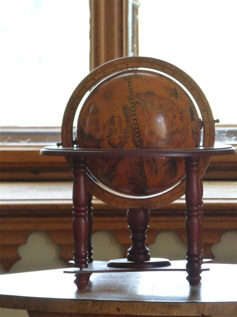 images table wood antique chair travel