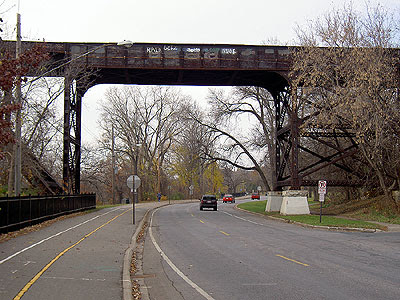 Bridge above East River Road