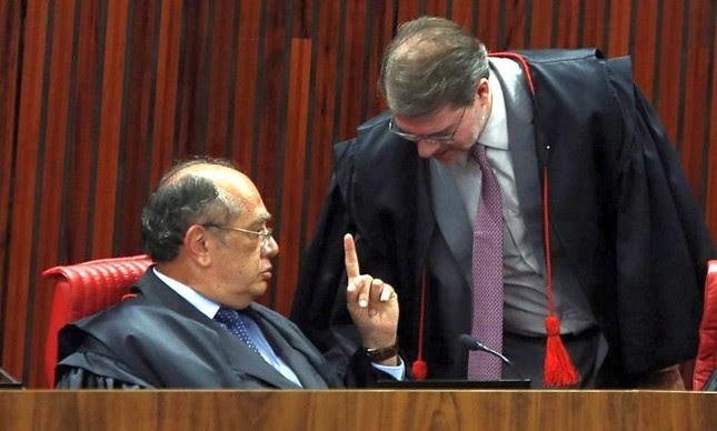 Gilmar Mendes e Dias Tóffoli, ministros do STF (Foto: Divulgação)