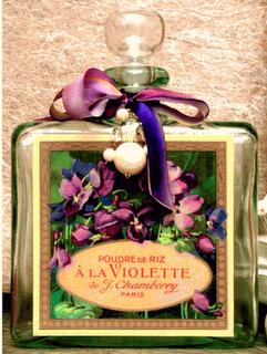 vintage violet perfume bottle  Keep the background
