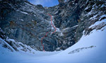 David Lama climbs Badlands solo, new route in the Valsertal