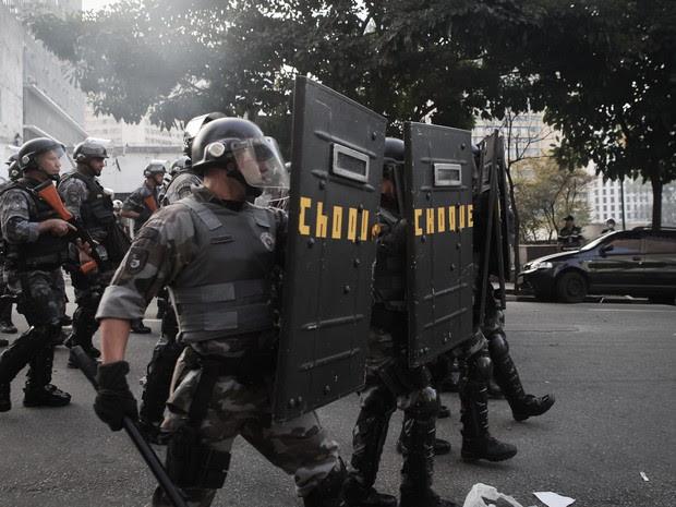 Batalhão de Choque em manifestação em São Paulo (Foto: Caio Kenji/ G1)