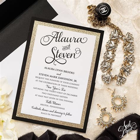 Alaura   Steve?s Gold Glam New Year?s Eve Wedding