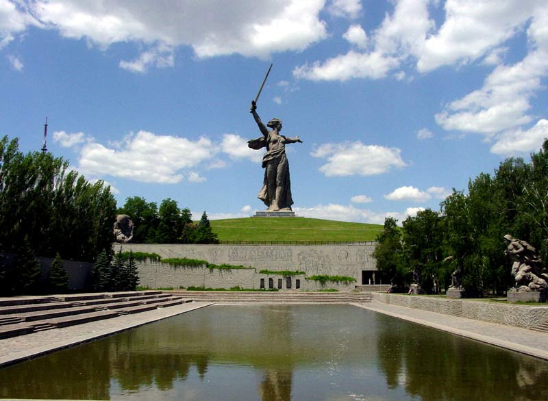 http://karber.org/favoritephotos/DSC08335mother-of-russiaweb.jpg