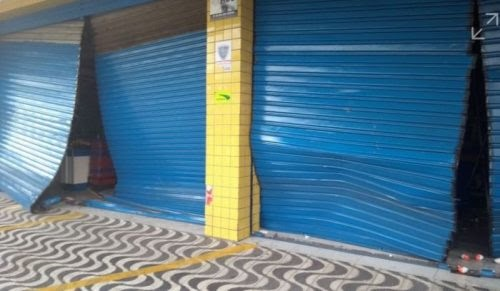 Em noite sem PM nas ruas, Natal tem arrombamentos de lojas e roubos de carros