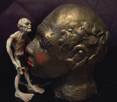 Gollum gets some head