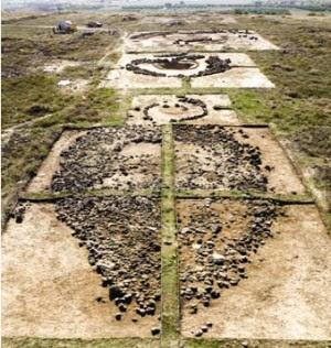 Ներքին նավեր. արքայական դամբարանաբլուրների շարքը (Ք.ա