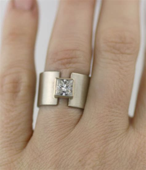 Best 25  Wide band rings ideas on Pinterest   Silver ring