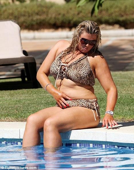 Realização: Apesar de apenas faltar seu alvo Ms Collins diz que ela passou de um tamanho 20 a um tamanho 14