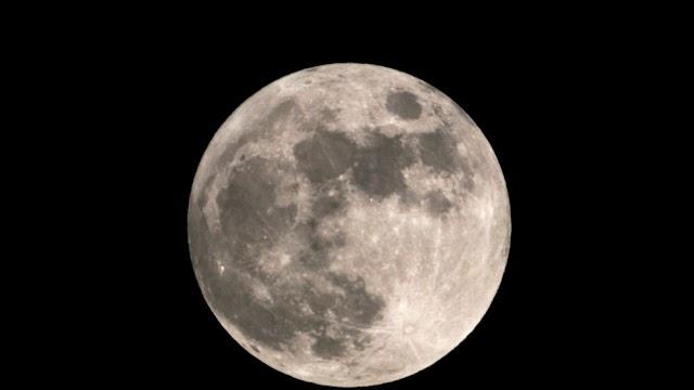 Lua cheia de julho, chamada de 'Lua dos Cervos', ilumina o céu a partir desta sexta-feira (23)