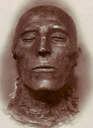 File:Pharaoh Seti I - His mummy - by Emil Brugsch (1842-1930).jpg