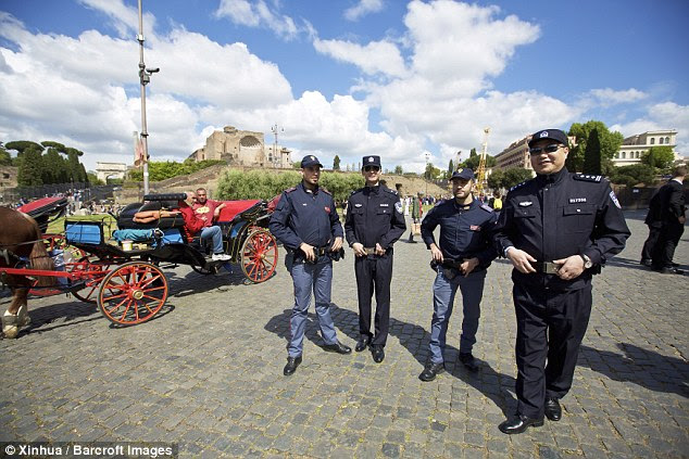 With two officers based in Milan and two in Rome, the policemen will switch cities in the second week of the project