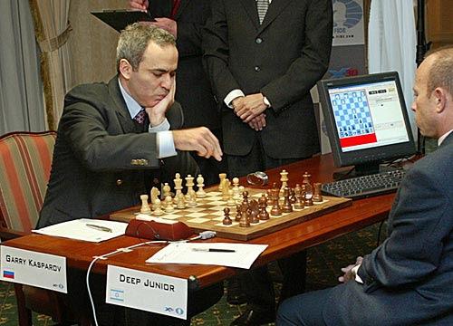 A Gari Kaspárov parece resistírsele esta partida